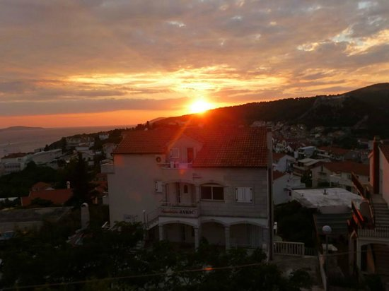 Apartments Ivanovic: sun set view