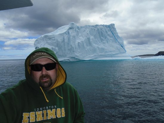 Iceberg Quest Ocean Tours: Me, And oh ya an iceberg.