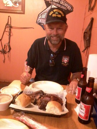 Smokin' J's Real Texas BBQ: this husband o' mine would come back here any time in Gulfport