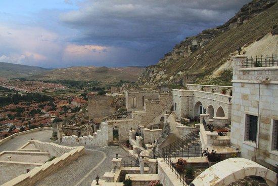 Kayakapi Premium Caves - Cappadocia: Stunning views...yes, they're real!!!