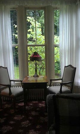 Northview Inn Bed and Breakfast : Relax and play a game of checkers, chess or cards.