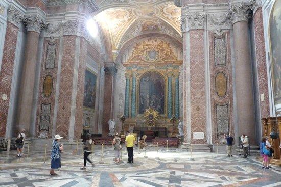 Basilica di Santa Maria degli Angeli e dei Martiri : Inside the Basilica