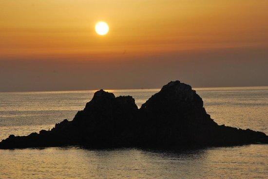 Itoshima, Japan: 夕日がとても良い二見