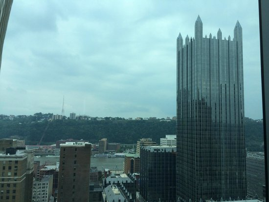 Fairmont Pittsburgh: King Deluxe Mt Washington View
