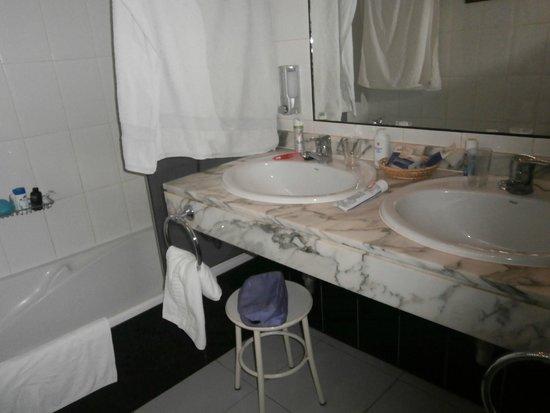 LABRANDA El Dorado: Bathroom