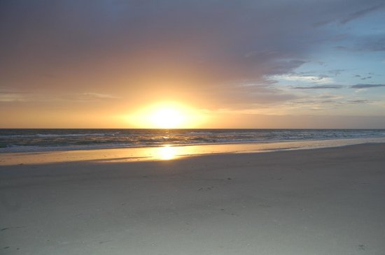 Sun N Fun Beachfront Vacation Rentals: Beautiful Sunsets