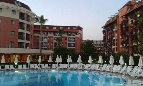 Palmeras Beach Hotel: Сам отель