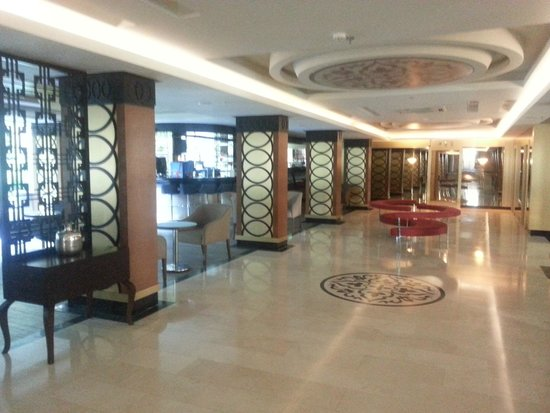 Turunc Hotel: Лобби отеля