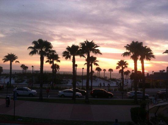 Crabby's Beachwalk Bar & Grill : 2nd deck view