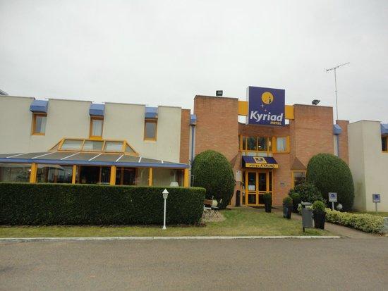 HOTEL KYRIAD CHANTILLY