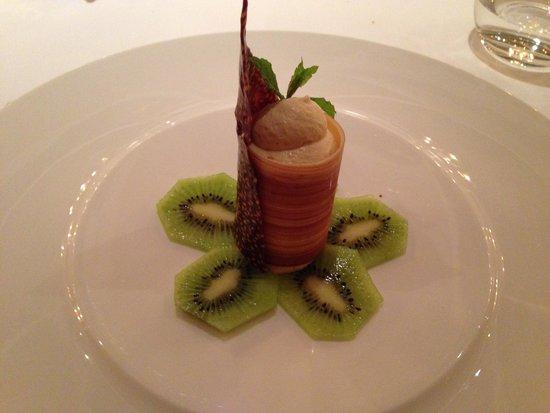 Hotel Gardena Grodnerhof: Repas au restaurant