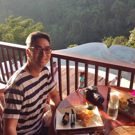 Hanging Gardens of Bali: Delicious breakfast with a spectacular view