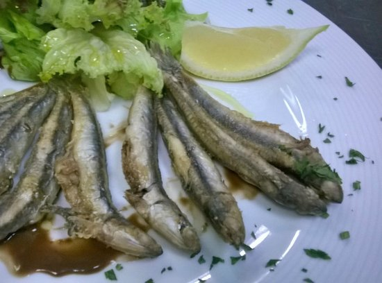 Bar - Restaurant Mantonia : Deep Fried Fish