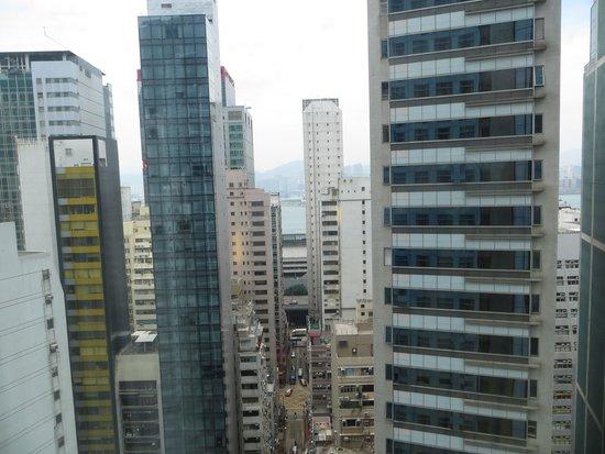 Holiday Inn Express HONG KONG SOHO : view from 22 th floor