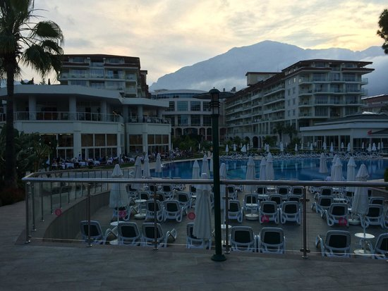 Barut Kemer: View from the pool bar in the evening