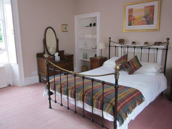 miller room picture of sydney house bed and breakfast cromarty tripadvisor. Black Bedroom Furniture Sets. Home Design Ideas