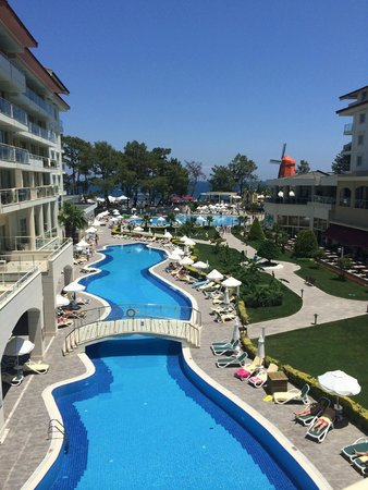 Barut Kemer : View from the outside area opposite reception