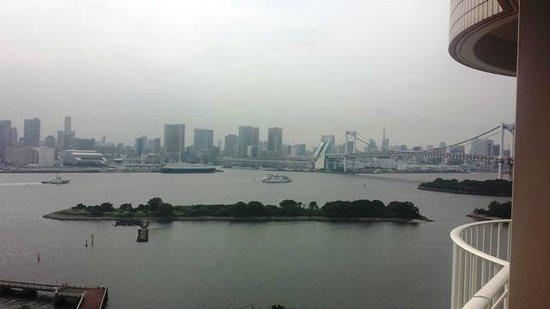 Hilton Tokyo Odaiba: ベランダからの眺め
