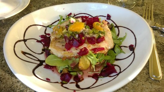 Tempranillo: Fresh halibut served with greens, beets and mango