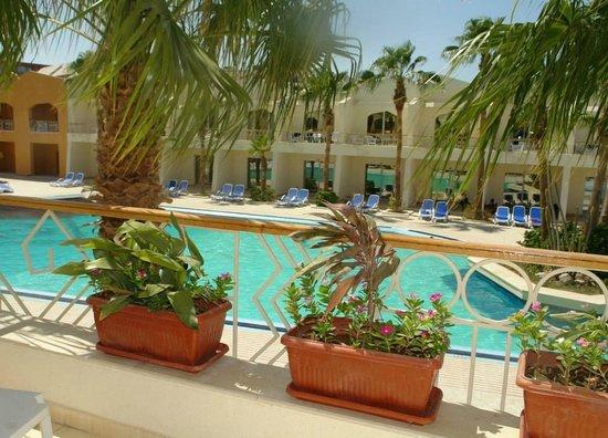 Club Hotel Aqua Fun: balcony view from room