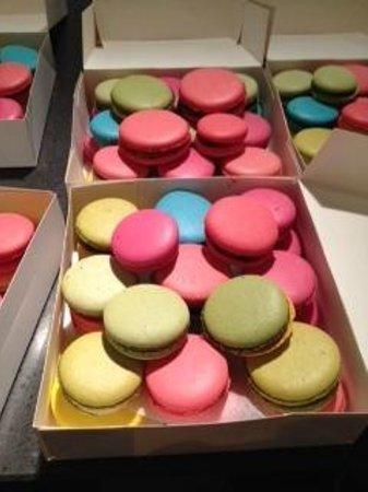 La Cuisine Paris - Cooking Classes: French Macaron
