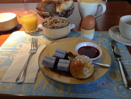 Hauser Hotel St. Moritz: Top Frühstück