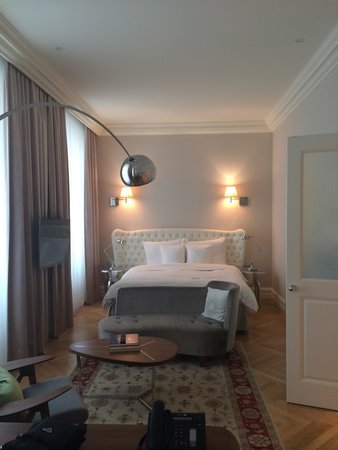Hotel Sans Souci Wien: Junior suite. Gorgeous!