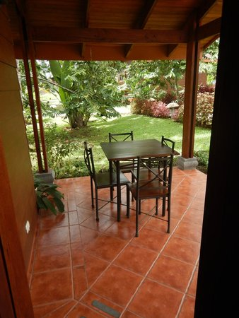 Hotel El Silencio del Campo: Little private patio area