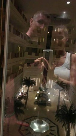 Saphir Palace & Spa: The inside of the hotel +  (selfie)* ^_^