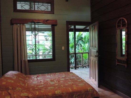 Pachira Lodge: Entrada habitacion