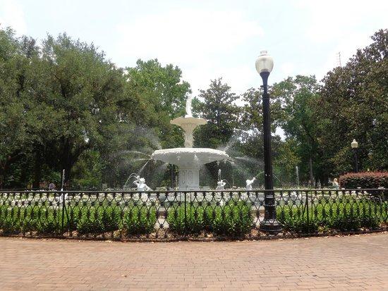 Forsyth Park: Forsyth Fountain