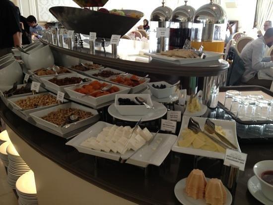 Elite World Business: Very good buffet