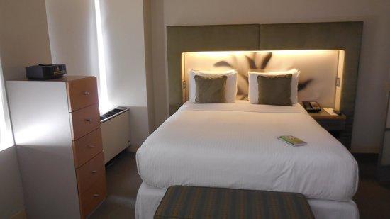 Shoreham: One bedroom suite - bedroom