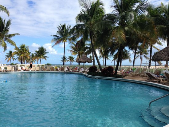 Lago Mar Beach Resort & Club: pool shot