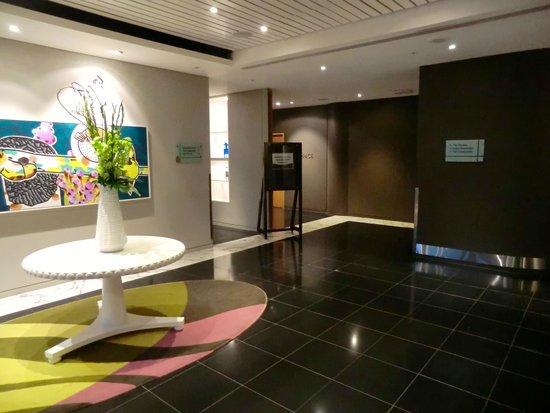SKYCITY Grand Hotel : Accès salle de sport / Piscine