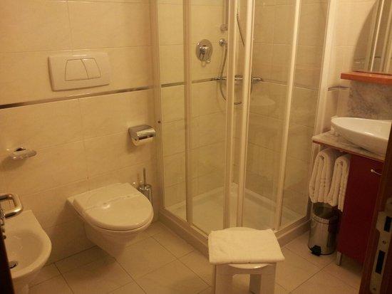 La Casona Hotel: stanza 14, il bagno