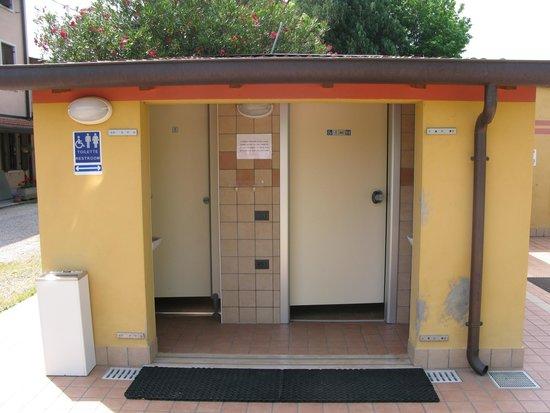 Agricamping Corte Finiletto: Toilette