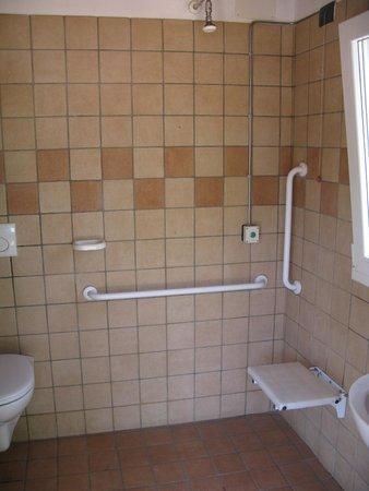 Agricamping Corte Finiletto: Interno bagno/doccia