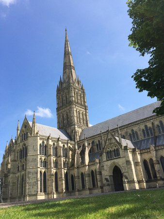 Salisbury Cathedral: The view from the grounds