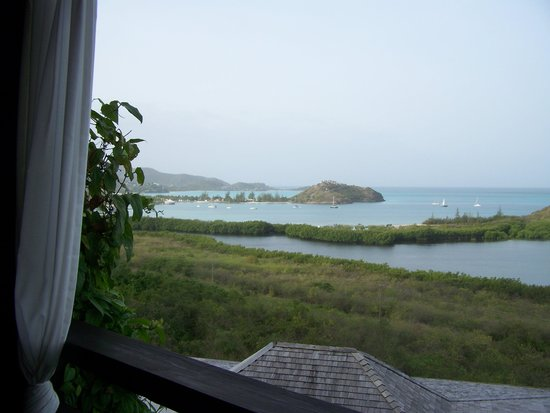 Hermitage Bay : the view of Jolly harbor