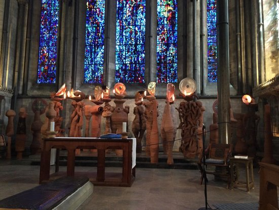 "Salisbury Cathedral and Magna Carta: ""The Apostles Speaking in Tongues Lit by Their Own Lamps"" - Nicolas Pope"