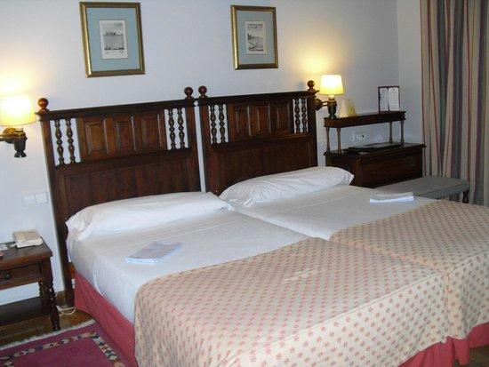 Parador de Ferrol: 部屋・ベッド
