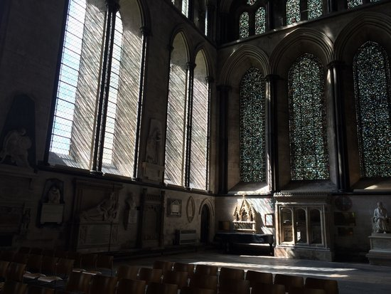 Salisbury Cathedral and Magna Carta: Light coming in :)