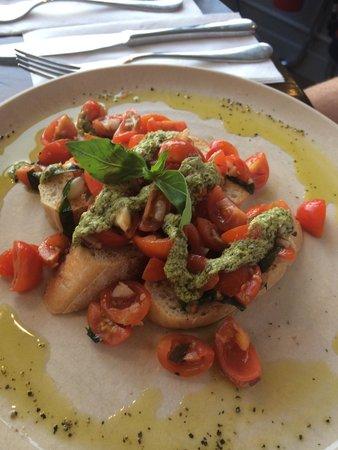 Wildwood Restaurant & Bar: Bruschetta starter