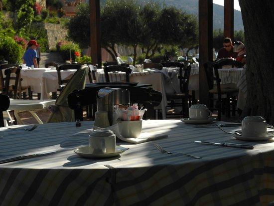 Candia Park Village: Frühstück