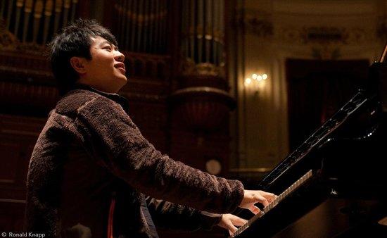 Concertgebouw: Starpianist Lang Lang is a regular visitor