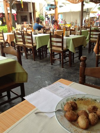 Restaurant Symposium
