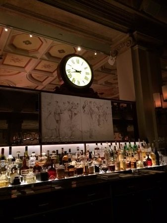 The Breakers: Best place to have a drink HMF