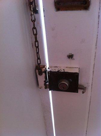 Sintra Sol: Room door!