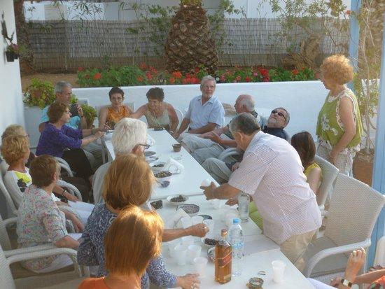 Villa Sophie: l'apéritif entre amis